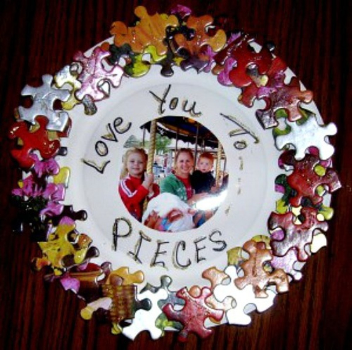 35 Amazing Puzzle Pieces Craft Ideas