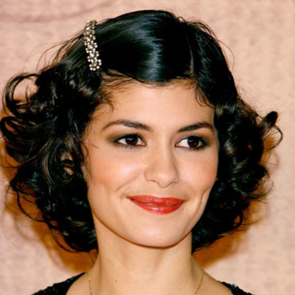 Actress Audrey Tatou with black hair.