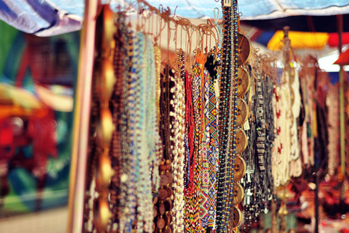 Local handicrafts at Gaya Street Market
