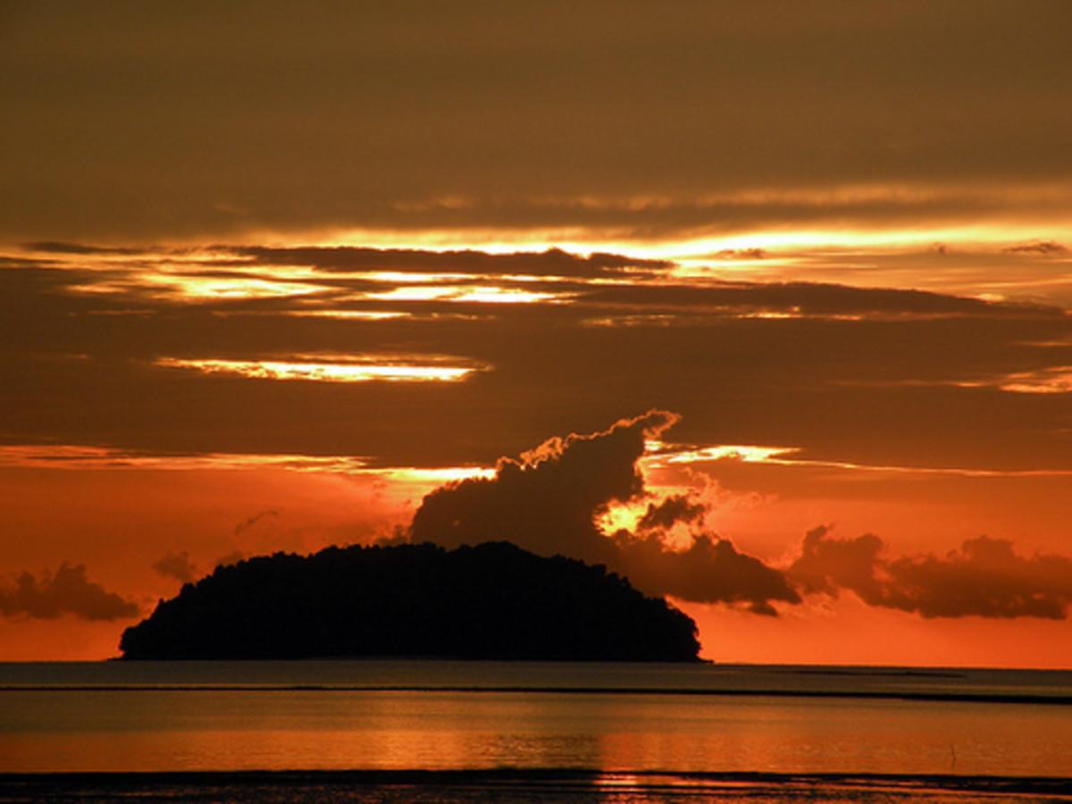 Sunset at Tanjung Aru KK