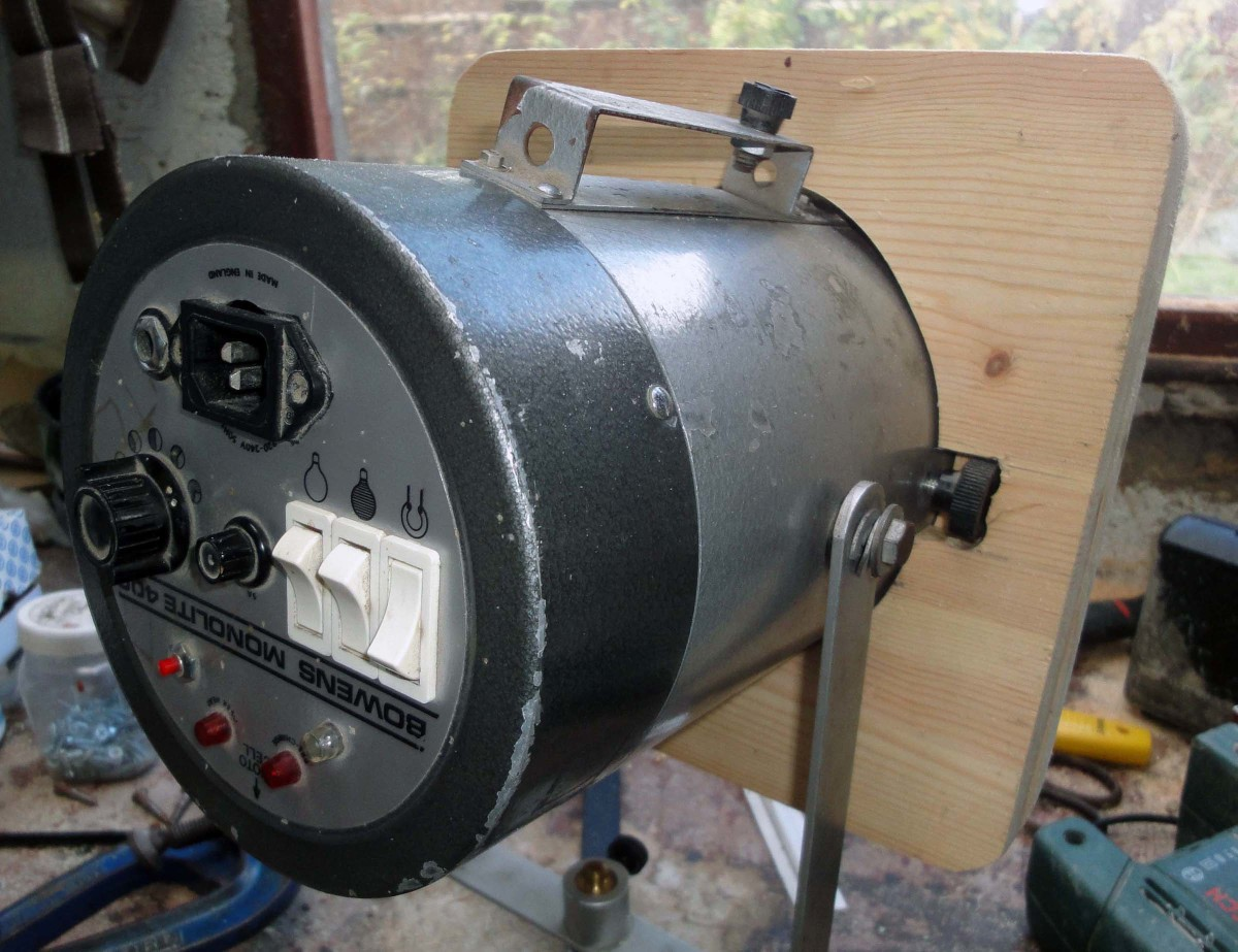 Old L Type Bowens light with bespoke wooden L to S Type adaptor fitted.