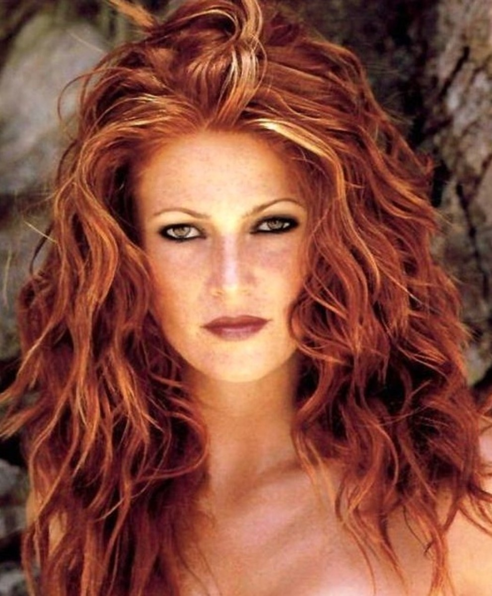 Red Hair with Blonde Highlights: Get the Look at Home