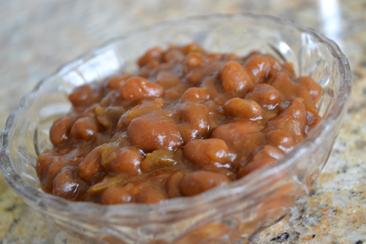 Easy Smoky-Sweet BBQ Baked Beans