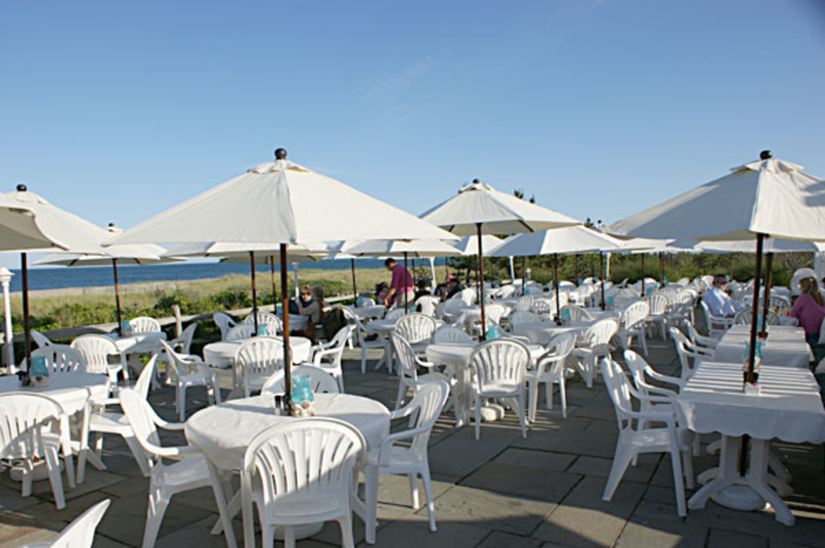 The Summer House: The Beachside Bistro.