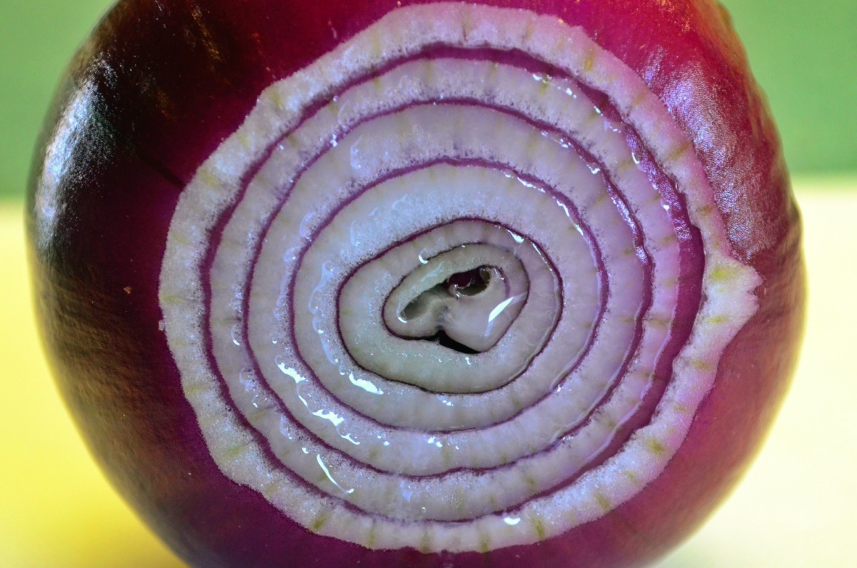 This onion is just brimming with healing juice