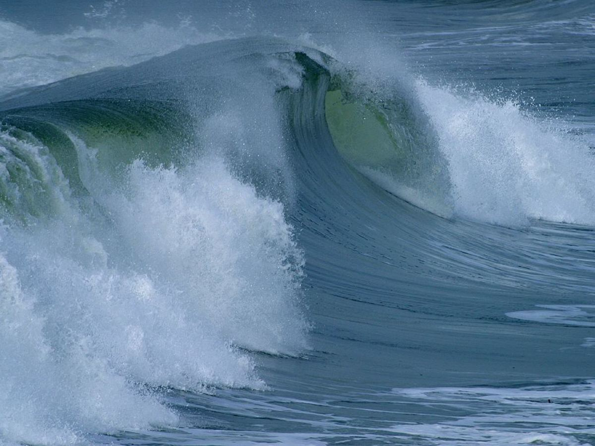 Ocean tides showing us force and motion