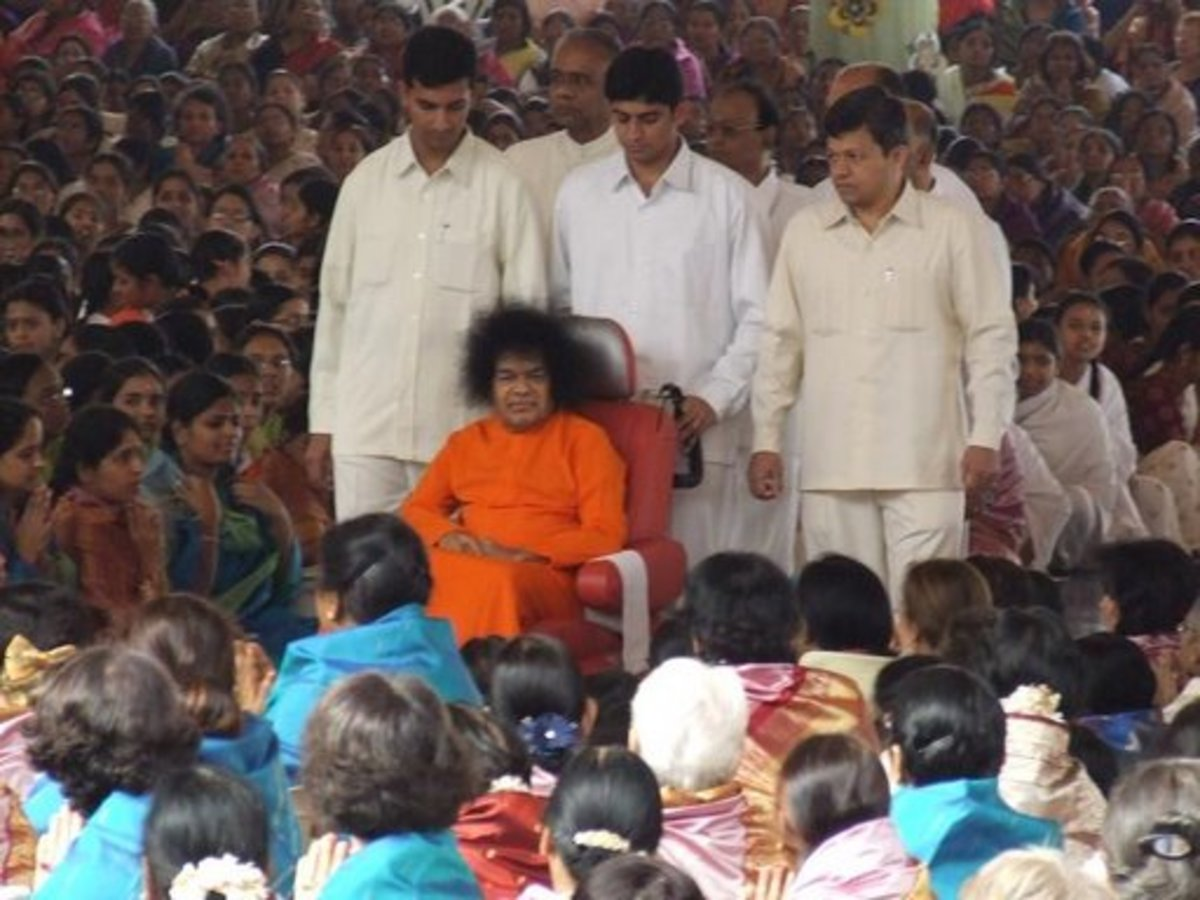 """Access is always given."" Just when the devotees thought that the car cut away all access, Swami started coming for darshan in the wheel-chair, discarding the car."