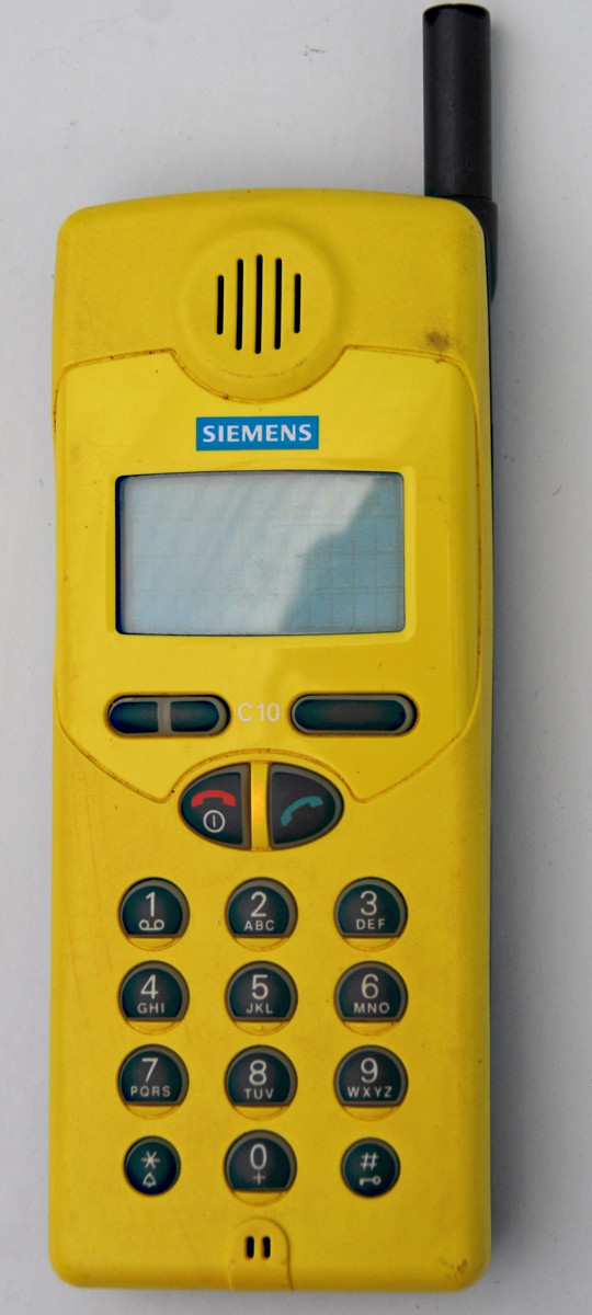 Siemens C10 mobile phone