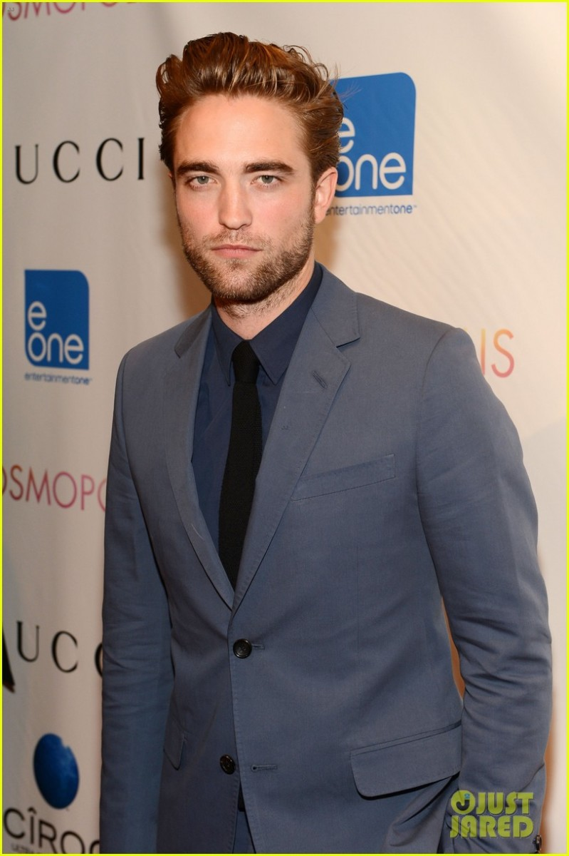Robert didn't seem that excited to be at the Cosmopolis Premiere in New York during his 1st public re-appearance, either.