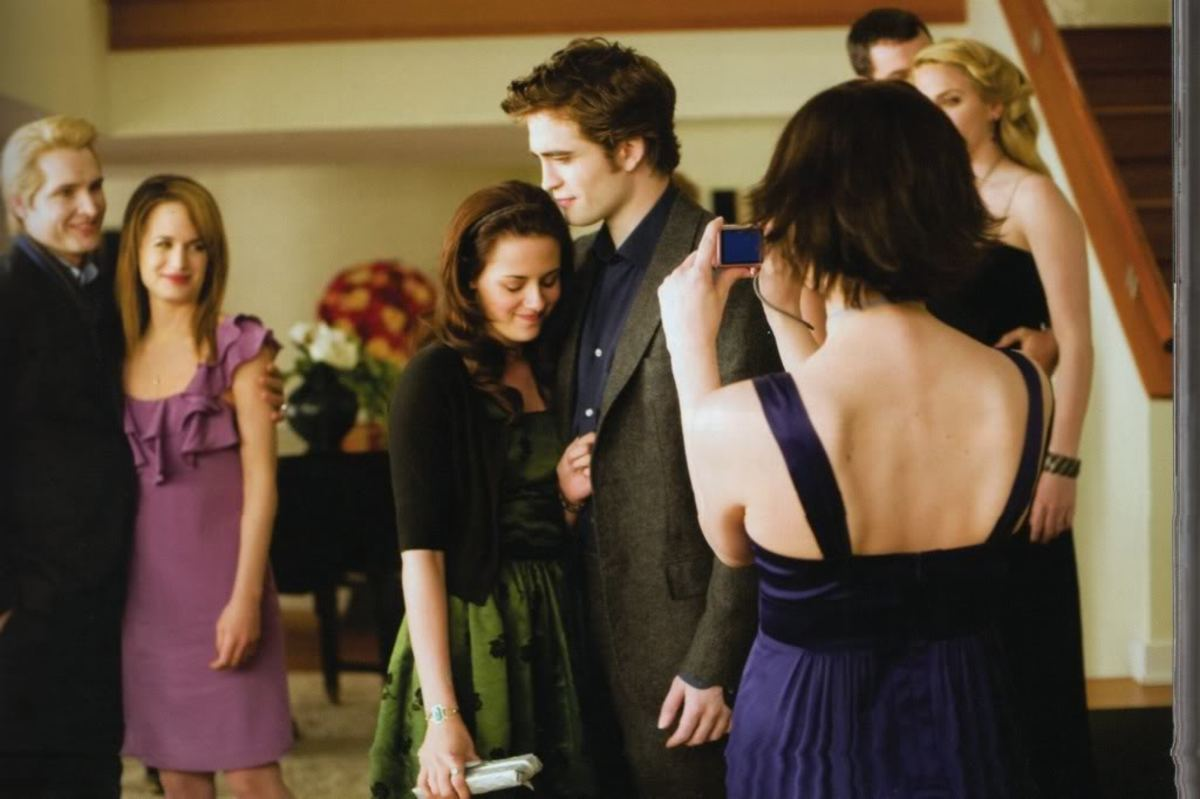 """Esme Cullen: """"Let Things Work Themselves Out."""""""