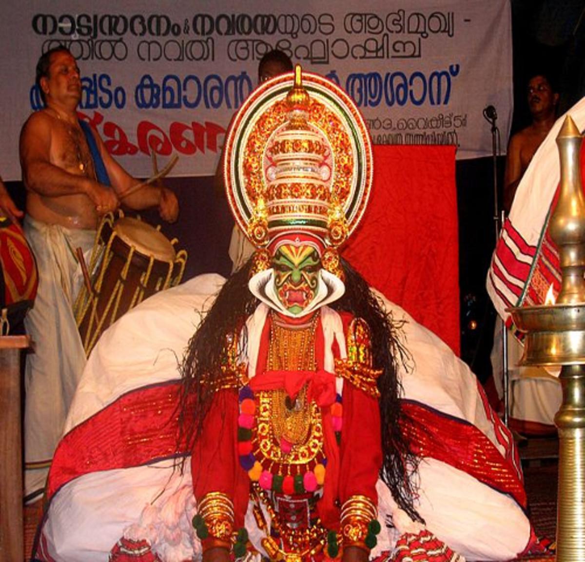 Sadanam_Krishnankutty as Raudra_Bheem in Duryodhanavadham