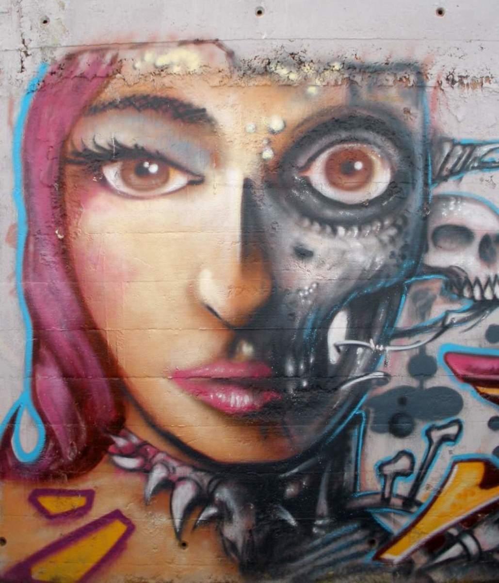 graffiti mural by artist Zarateman.