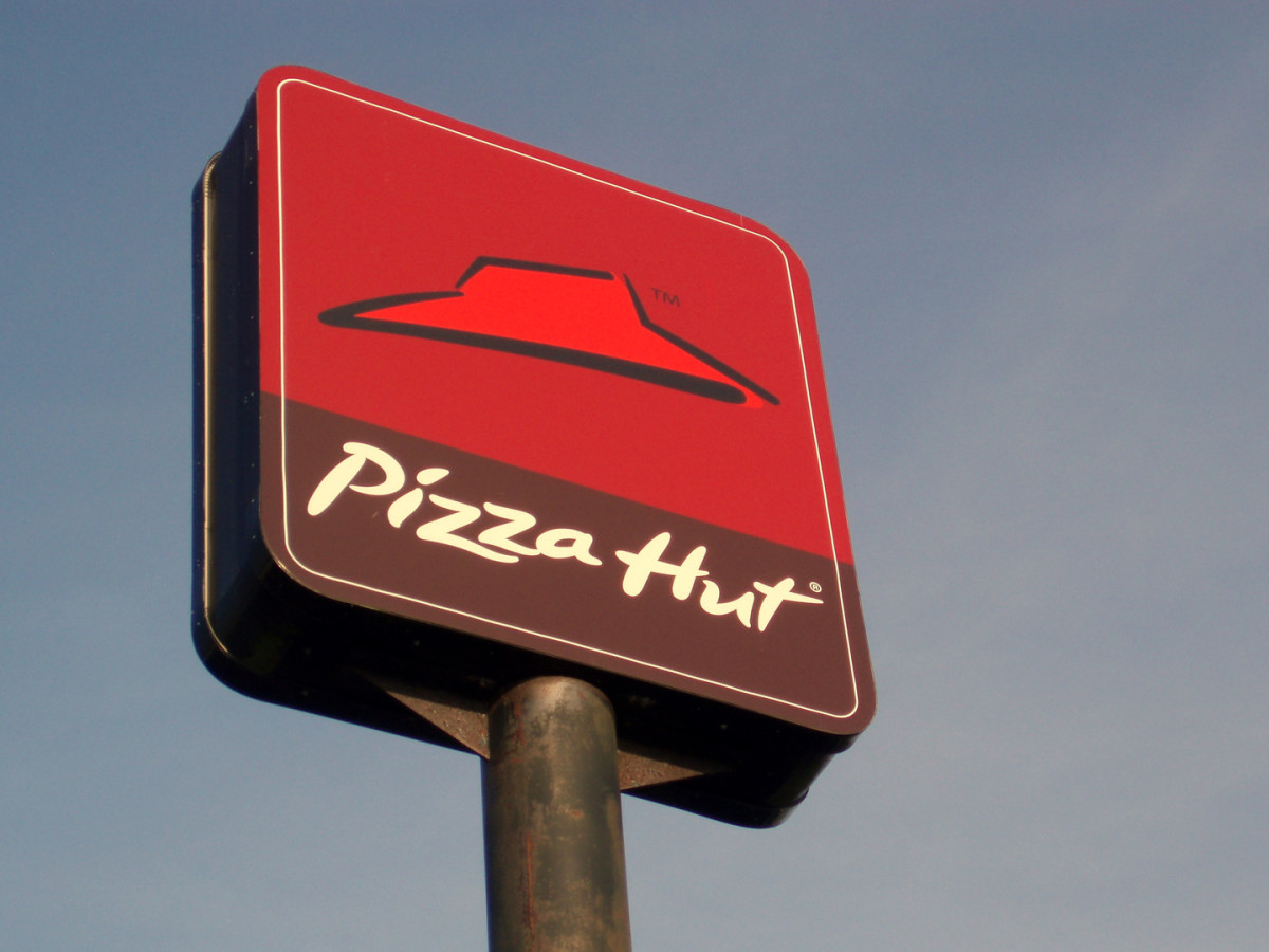 Pizza Hut is the subsidiary of Yum! Brands, the world's largest restaurant company. Photo Courtesy, Wikimedia Commons.