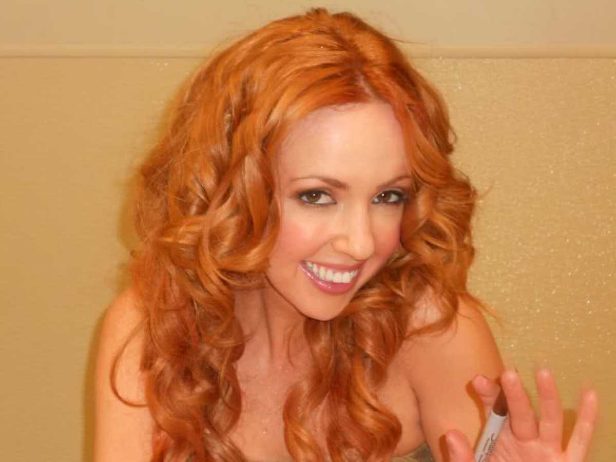 Lisa Lambe of Celtic Woman.
