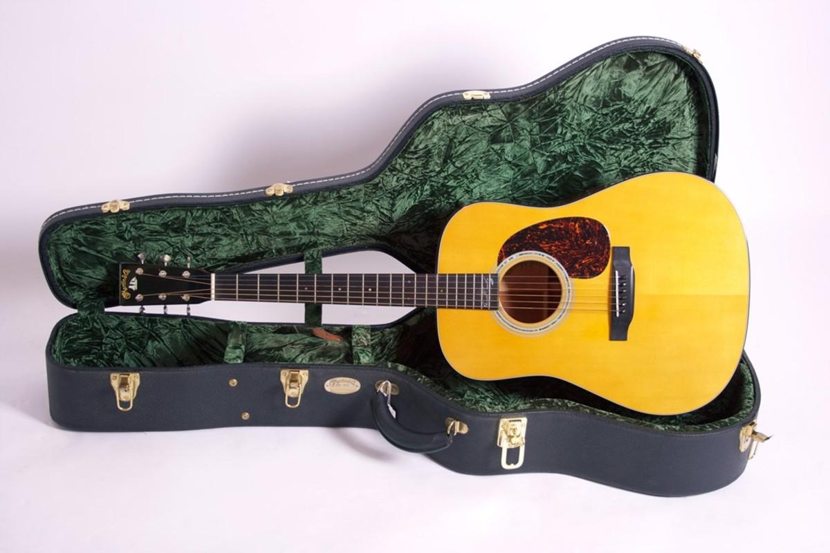 david-crosby-and-his-martin-d-18dc-signature-series-guitar