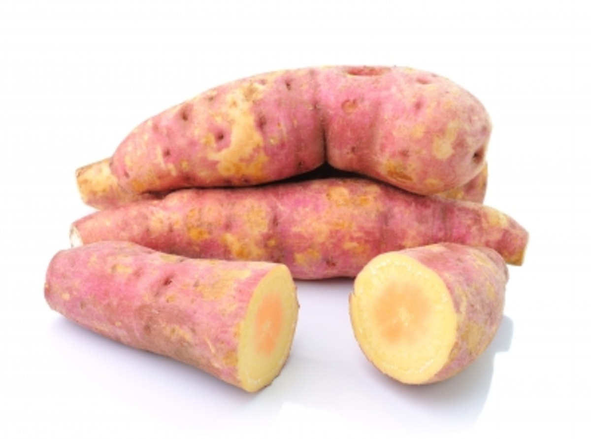 Sweet potatoes are infamous on the Paleo Diet and for good reason! Among many other nutrients, they also provide a great source of Vitamin A, making sweet potatoes a good food for eye health.