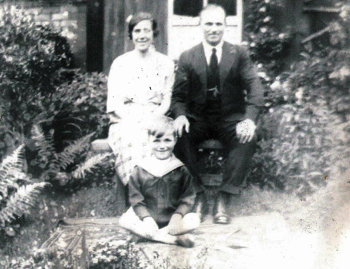 Grandad's younger sister Mary Copley (nee Triggs) with her husband Bob Copley a few years after their marriage, with their young son, who died in childhood, sadly, from epilepsy.