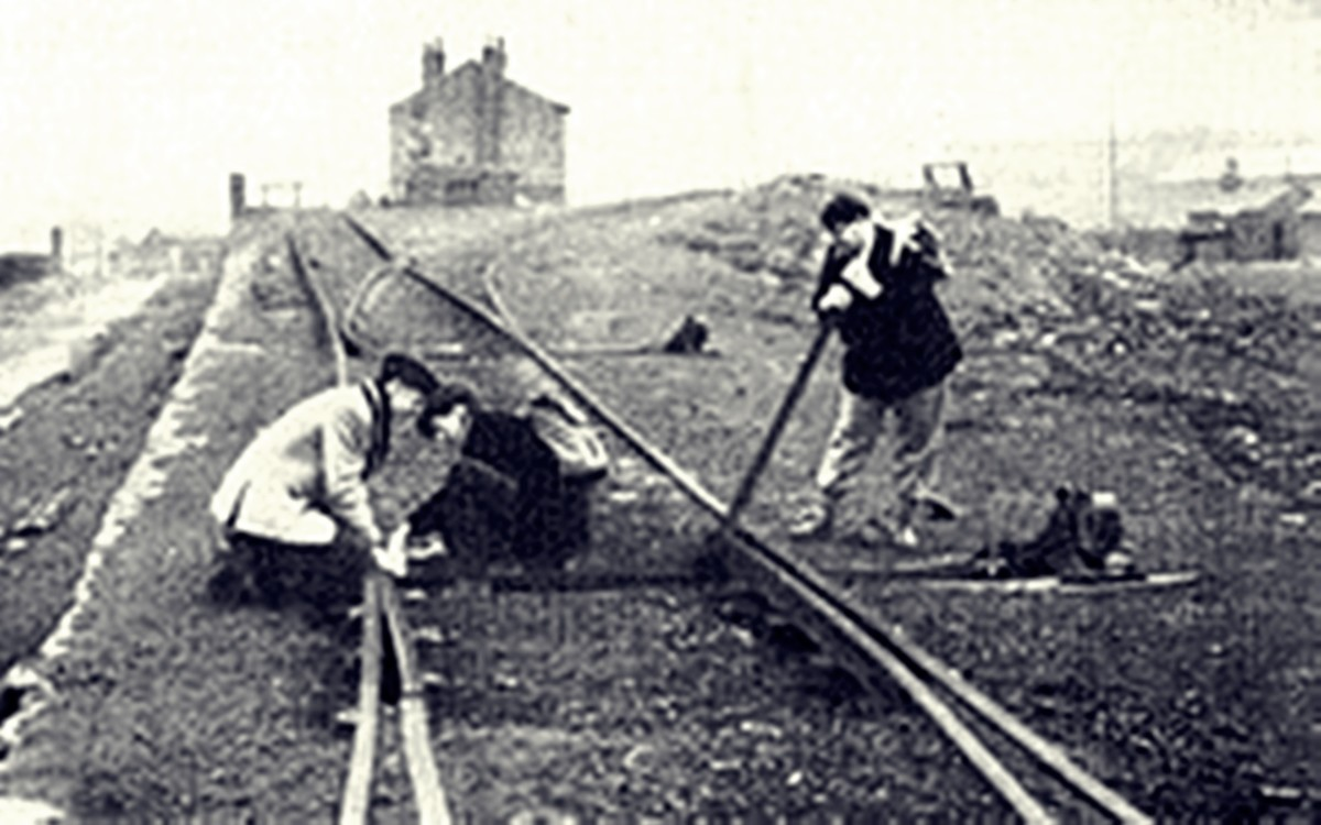 Men working on Hunslet rail tracks