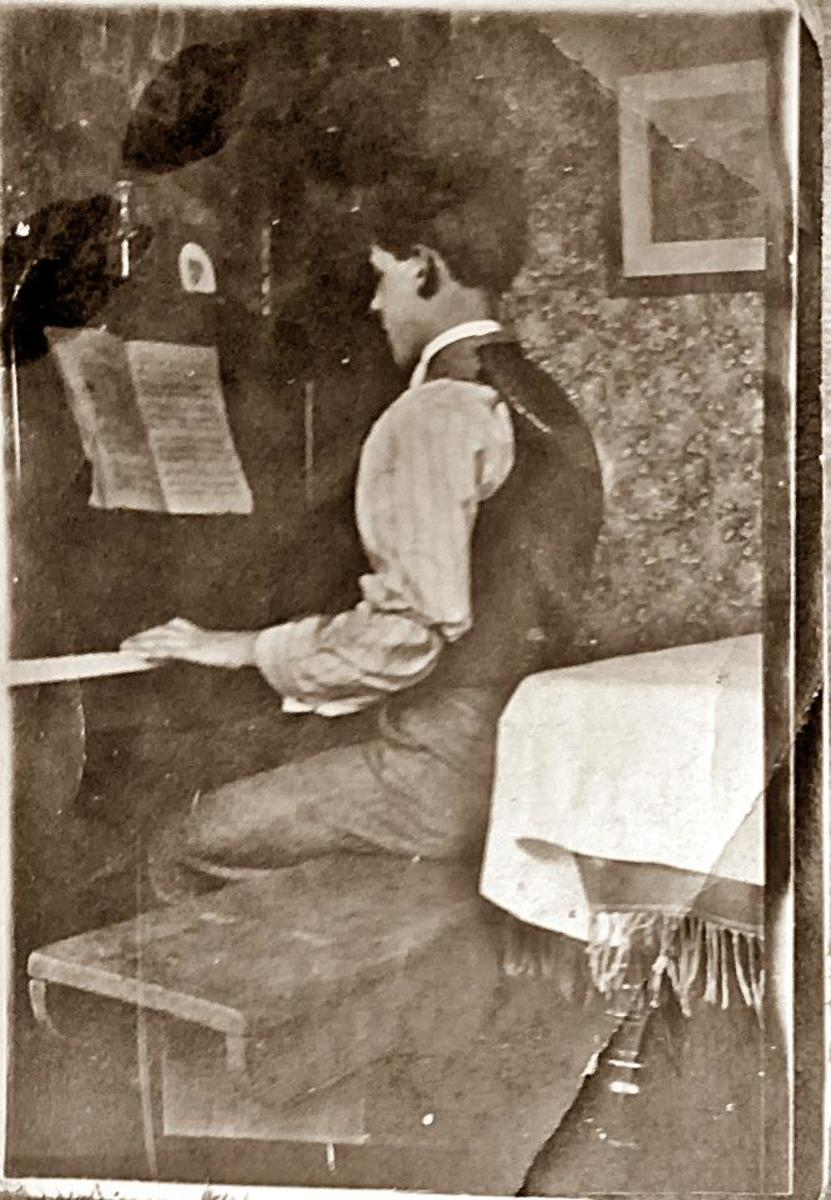 My grandad as a young man playing the piano. He reminds me of my Uncle Ken on this picture.