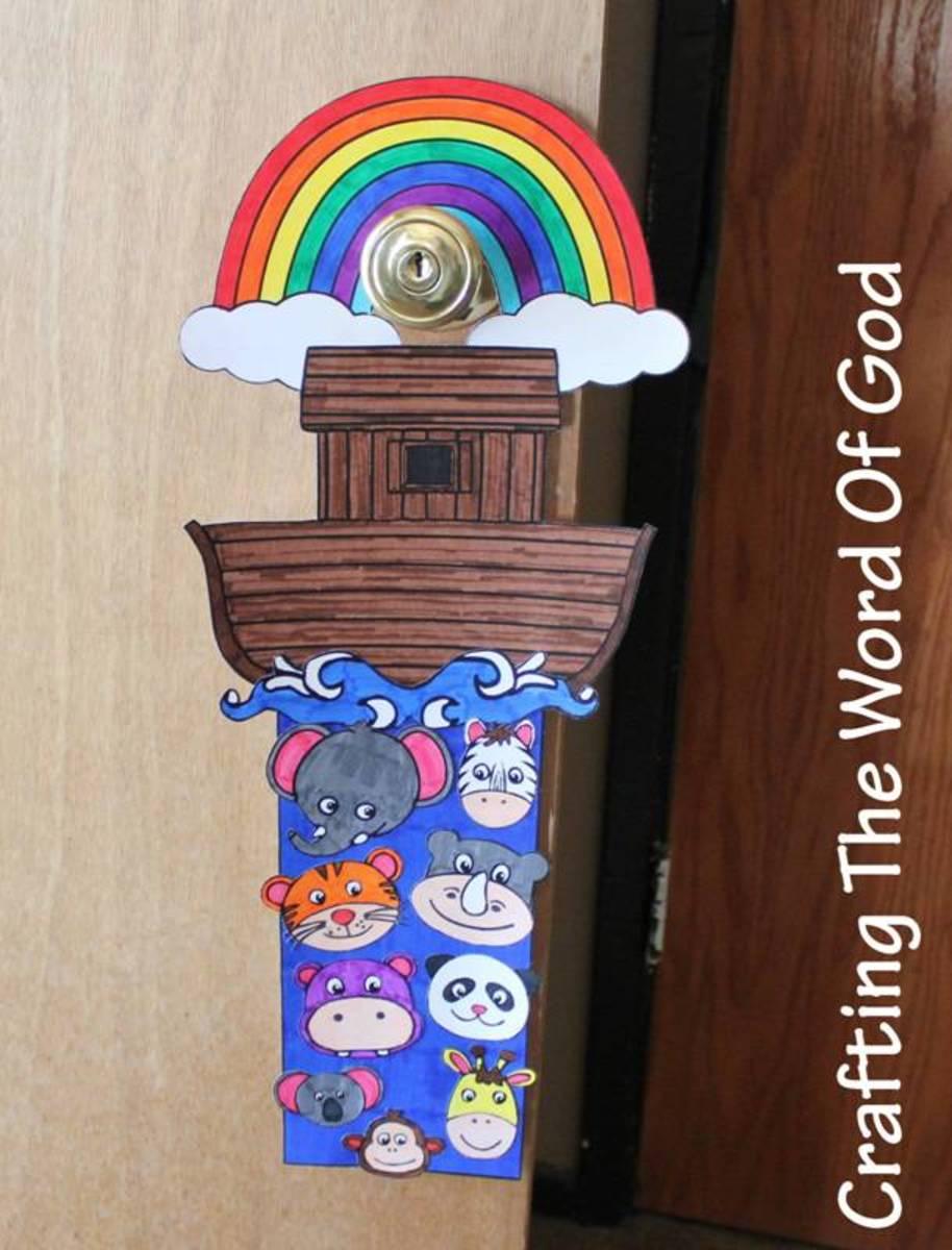 Noahs Ark Doorknob Hanger