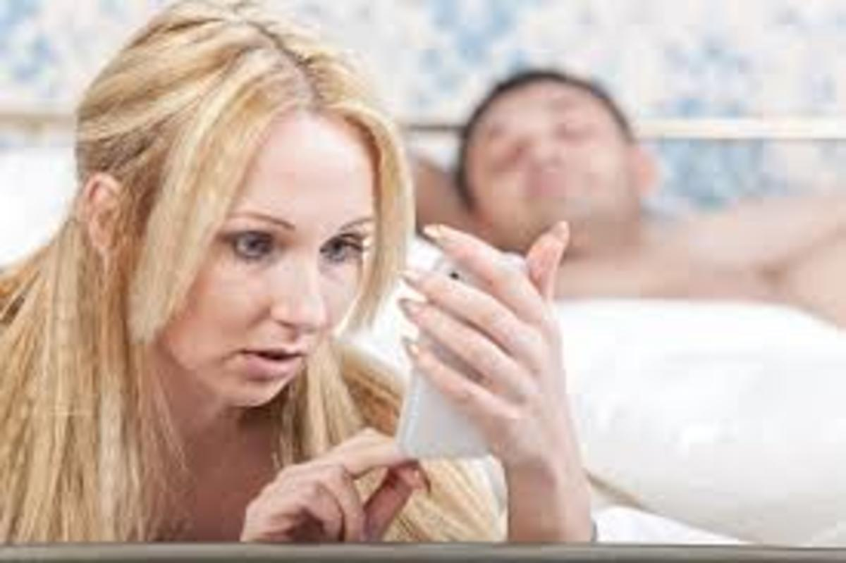 18 Signs That Your Wife is Cheating   HubPages