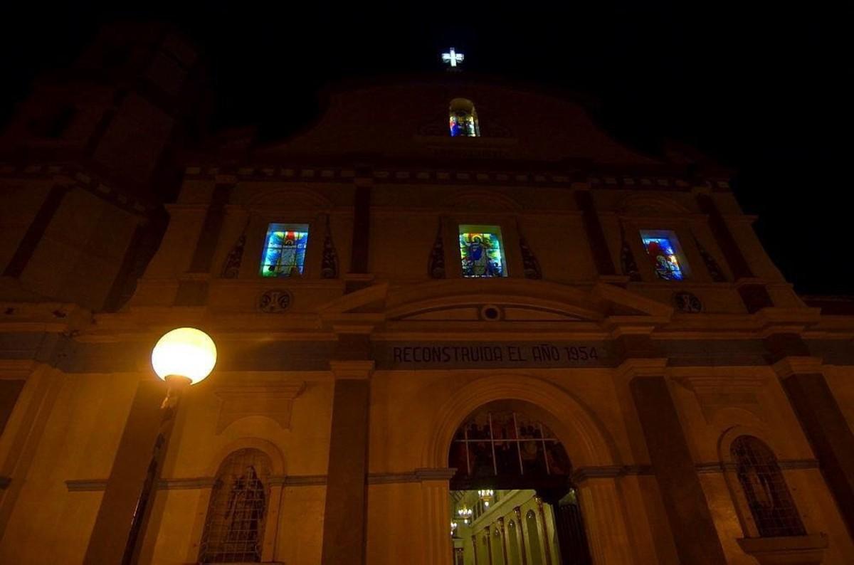 Roxas City Cathedral at night