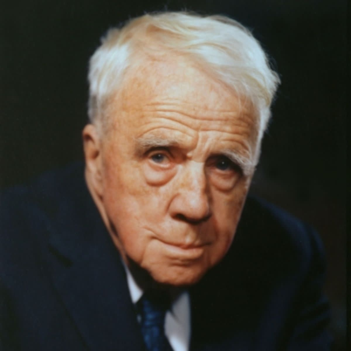 "Robert Frost's ""War Thoughts at Home"""