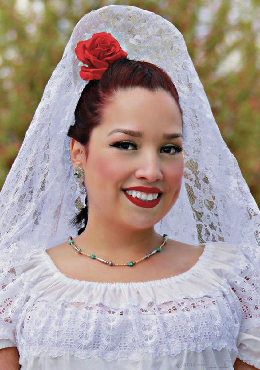 La Reina (The Queen)  Las Fiestas