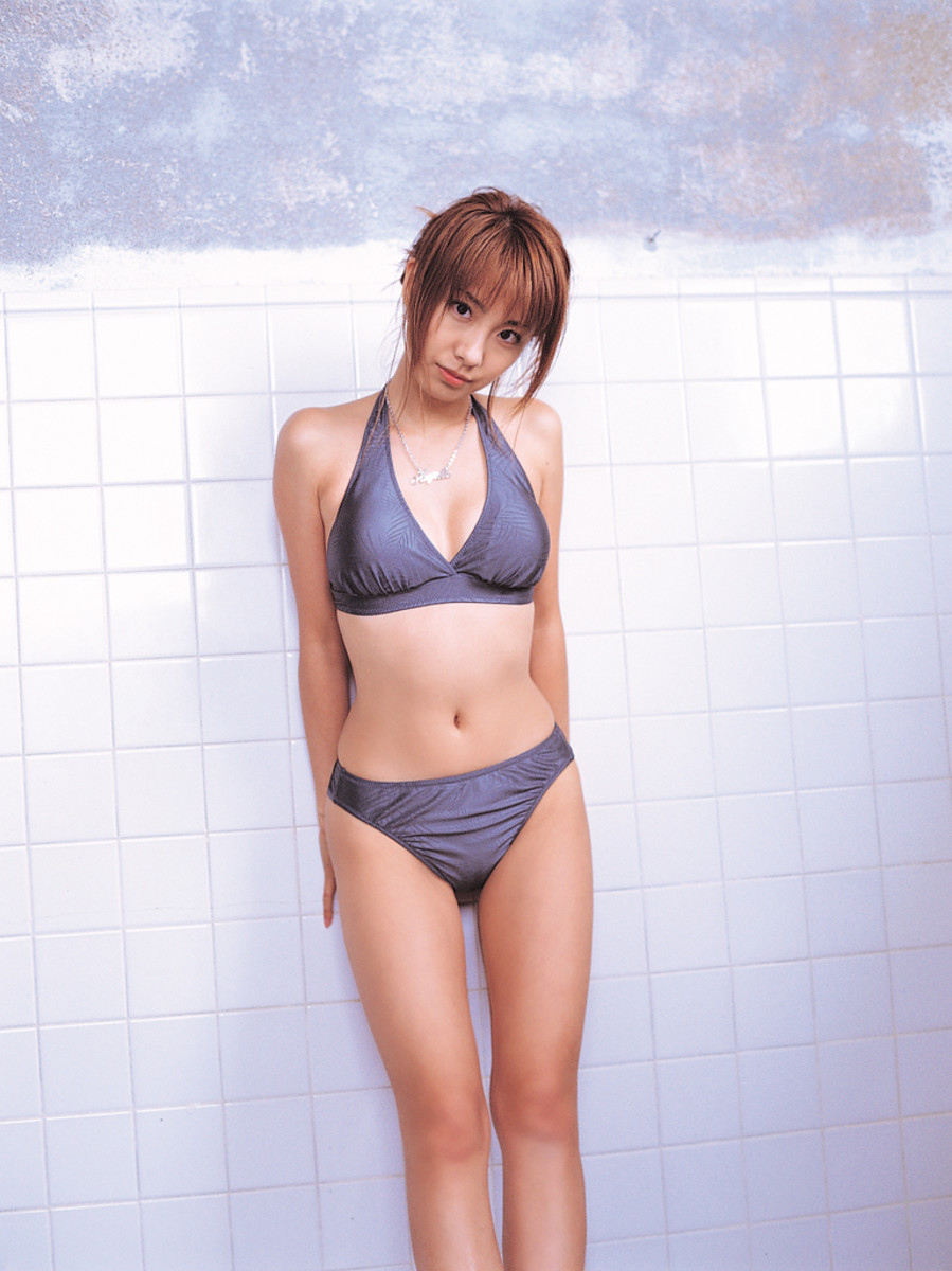 This photo is from Azusa Yamamoto's Misc. photo book released in April 2008.