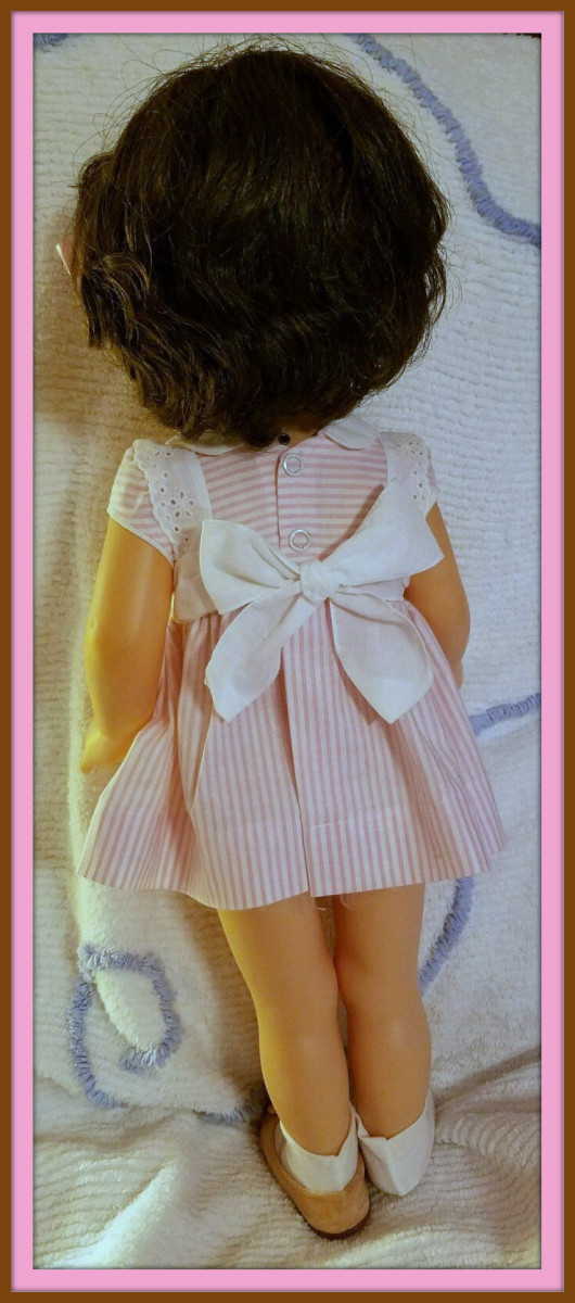 What a nice think head of hair this 1961 Chatty Cathy has. they just do not make dolls like this anymore.