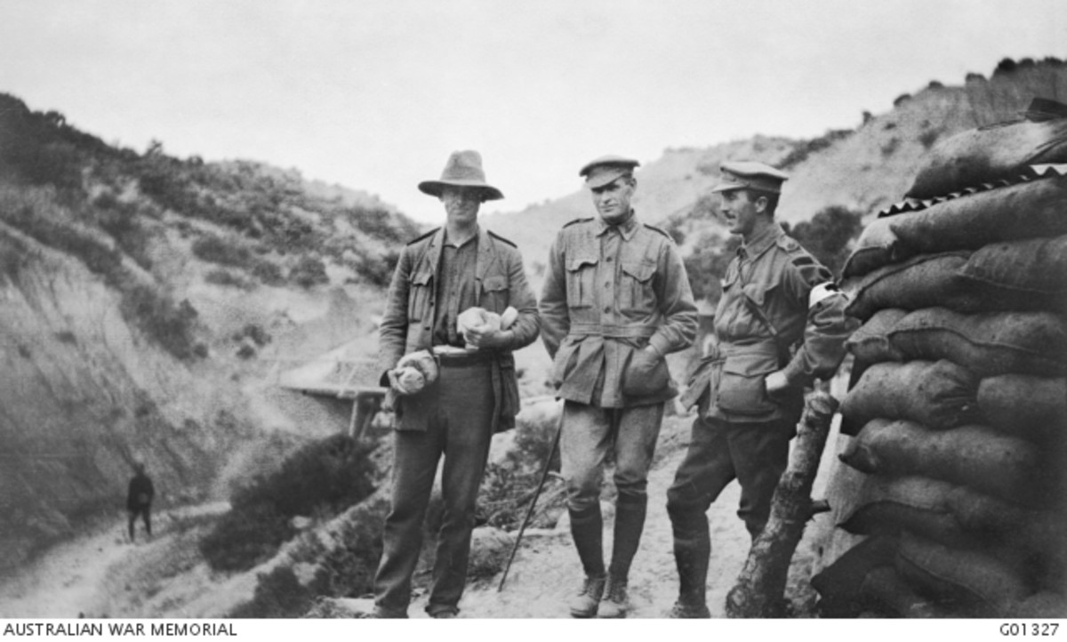 Captain P. Fiaschi of Australian Army Medical Corps, Colonel Glasgow of 1st Light Horse Brigade and Major H. Pope of 16th Battalion, at Destroyer Hill.