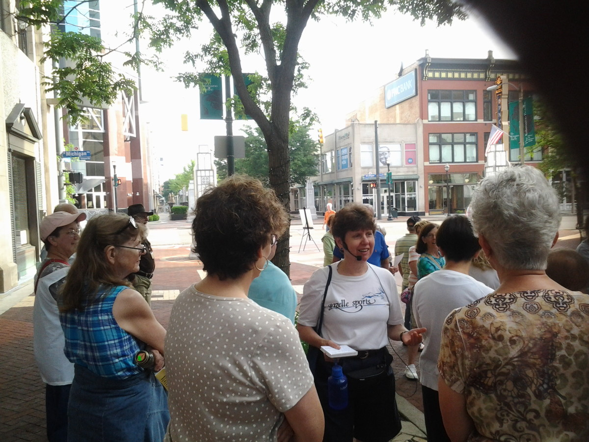 a guided walking tour of downtown Kalamazoo