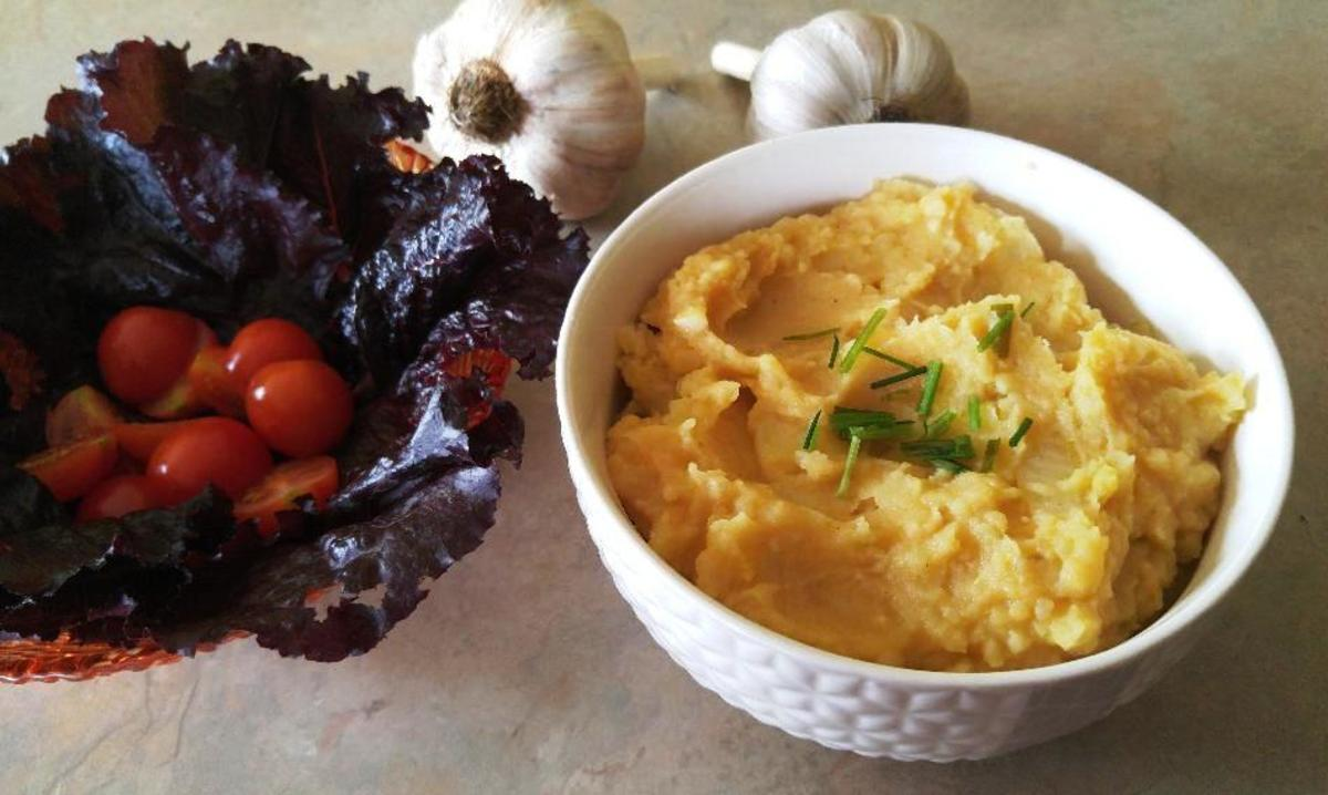 Glorious Garlicky Mashed Potatoes