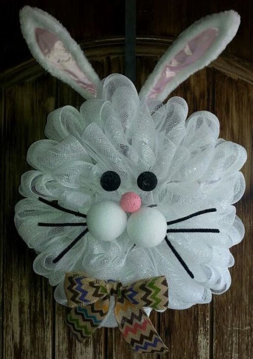 Mesh Bunny Wreath | Easy Easter Crafts for Kids to Make