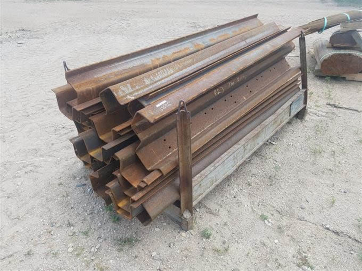 These Behlen brand stiffeners were up at auction.