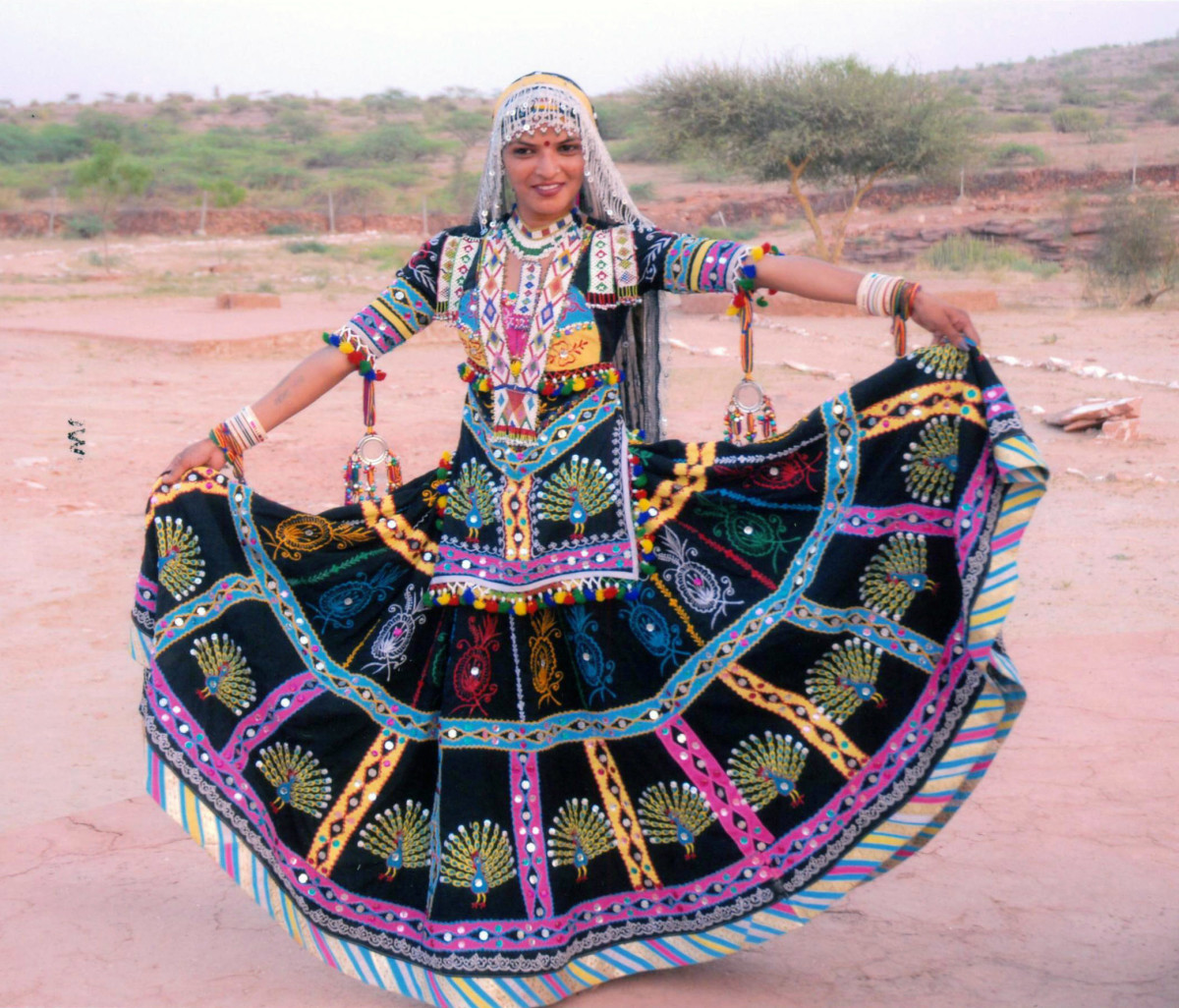 Complete costume of a Kalbelia dancer