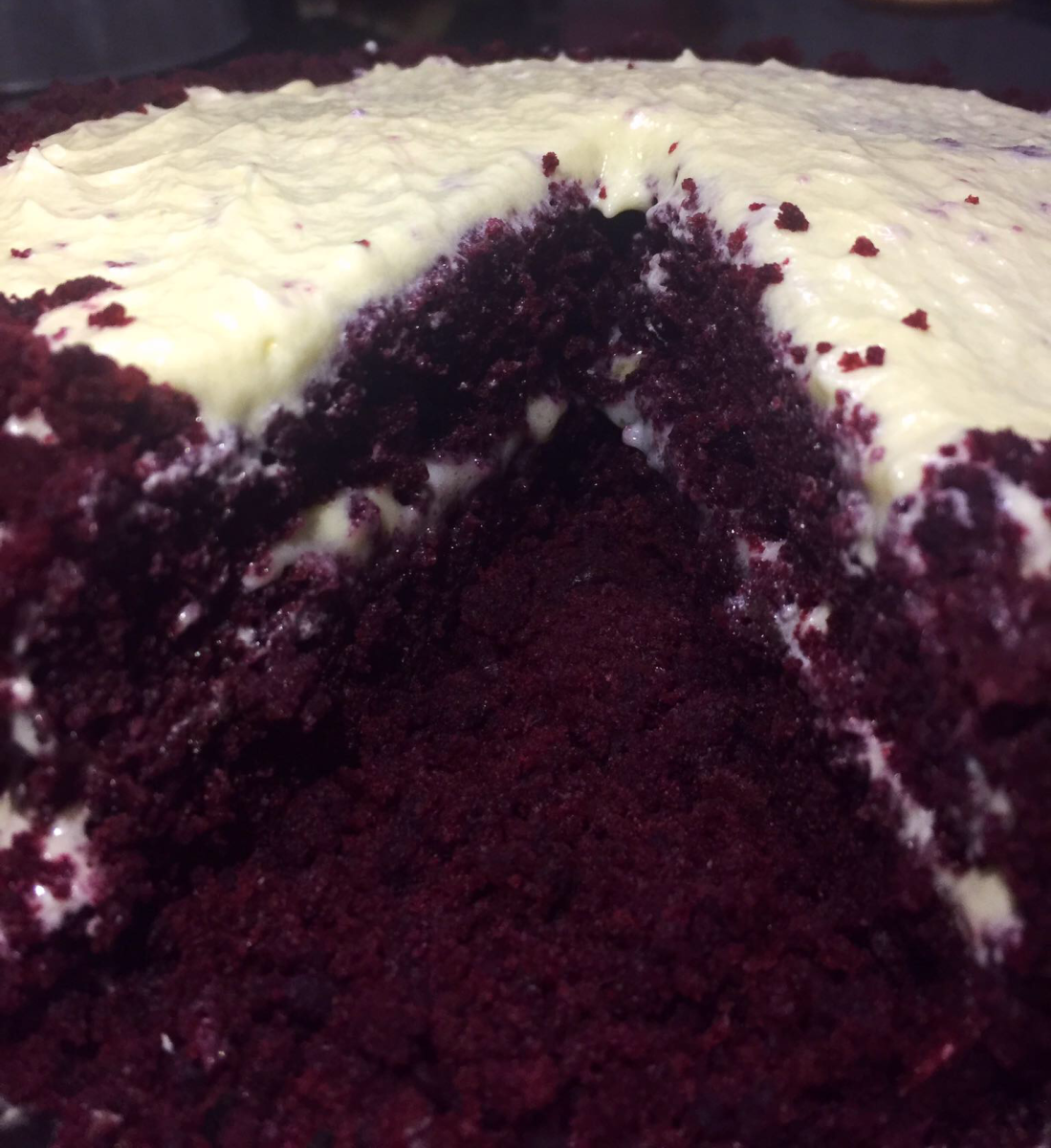 the-best-red-velvet-cake-with-cream-cheese-frosting