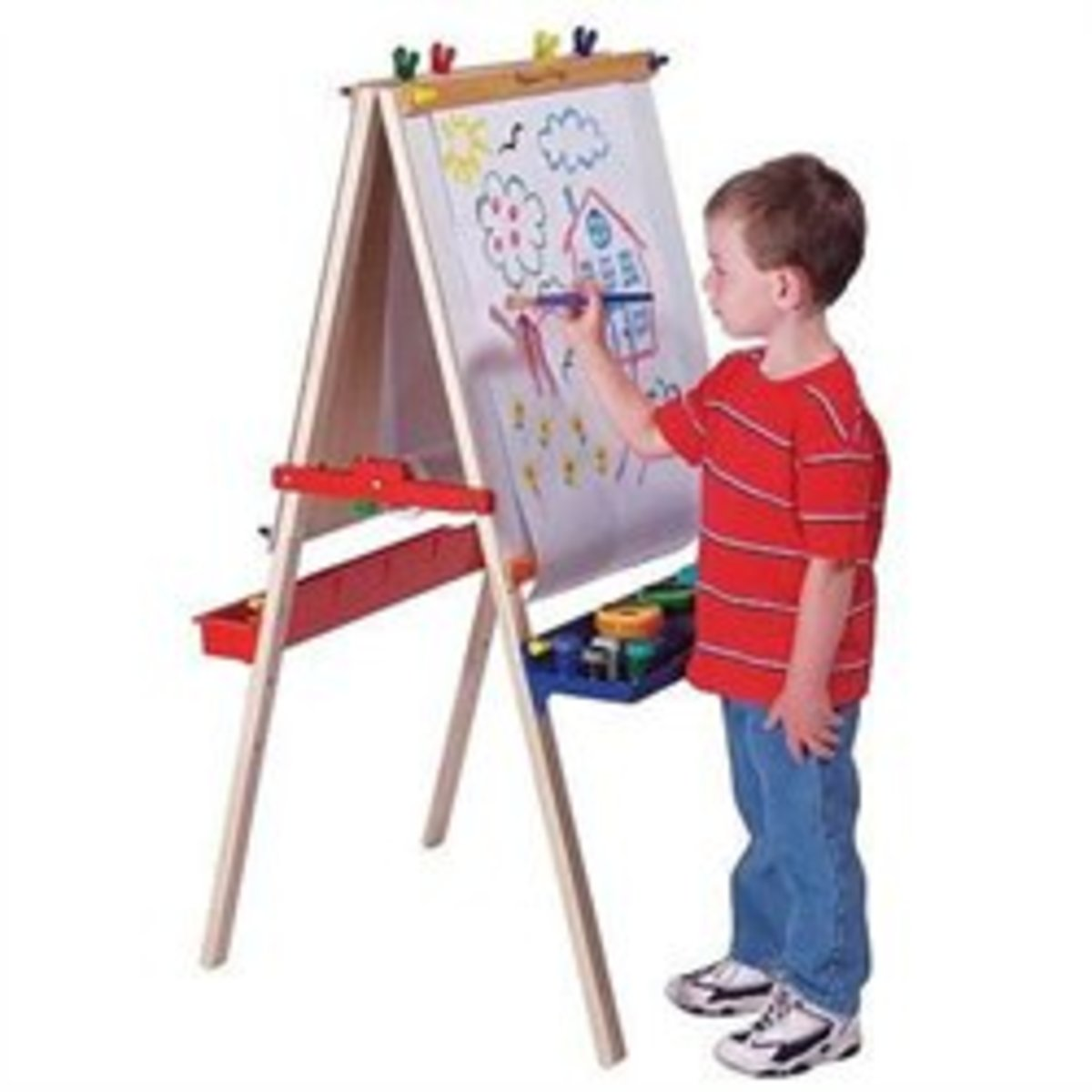 Find out more about this wonderful Melissa & Doug Deluxe Standing Easel at HeirloomWoodenToys.com