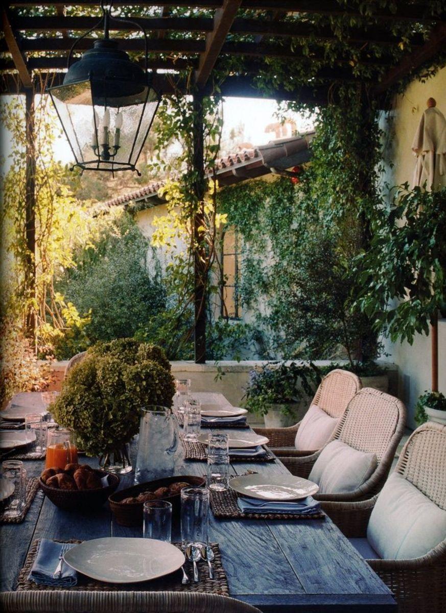 """Dining """"al fresco"""""""