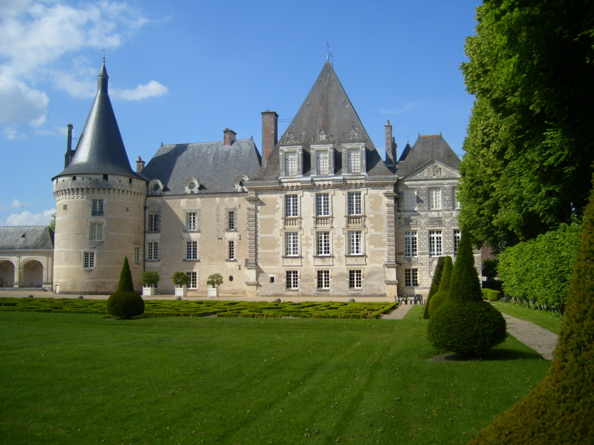 View of the facade of the Chateau d'Azay-le-Ferron