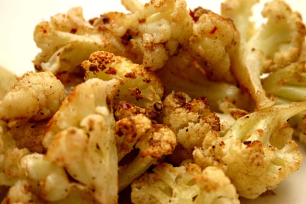 roasted cauliflower with coriander, cardamom, nutmeg, and cumin
