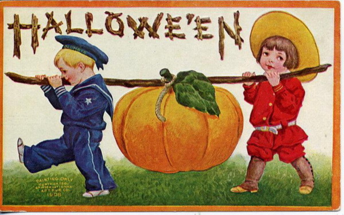 Free vintage Halloween card: two little boys carrying a large pumpkin