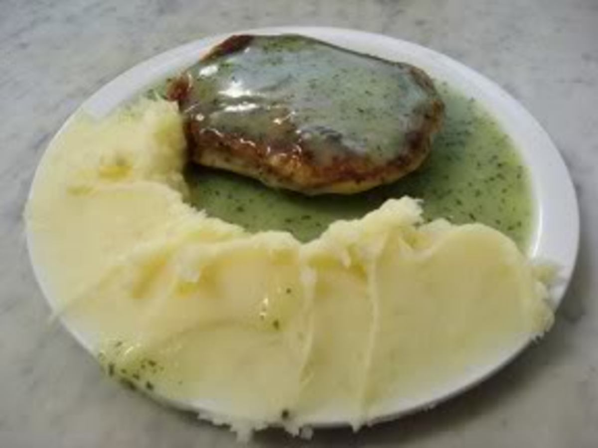 Pie and mash with the traditional green liquor