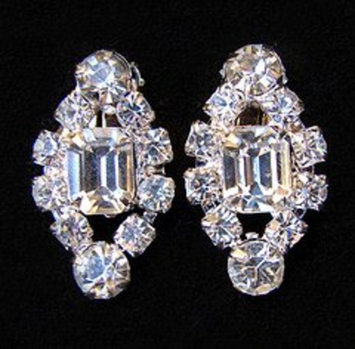 How To Care For And Clean Rhinestone Costume Jewelry