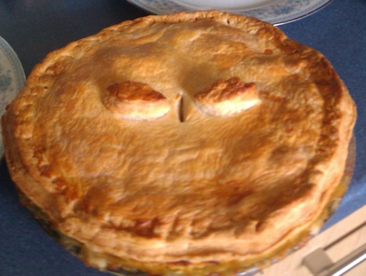 How to Make Plate Pies: Corned beef pie, corn beef pie recipe. Old fashioned corn beef pie