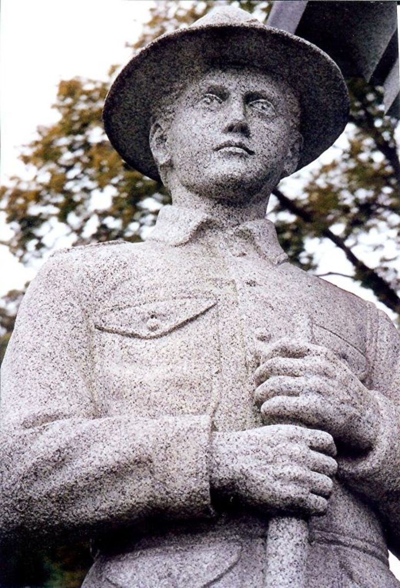 Closeup photo of the Soldier's and Sailor's Monument at Chippiannock Cemetery