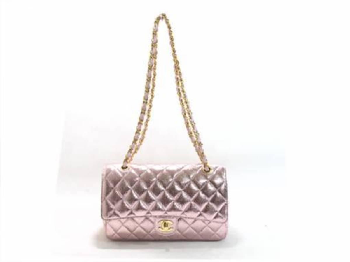 Popular Chanel Handbags Celebrities