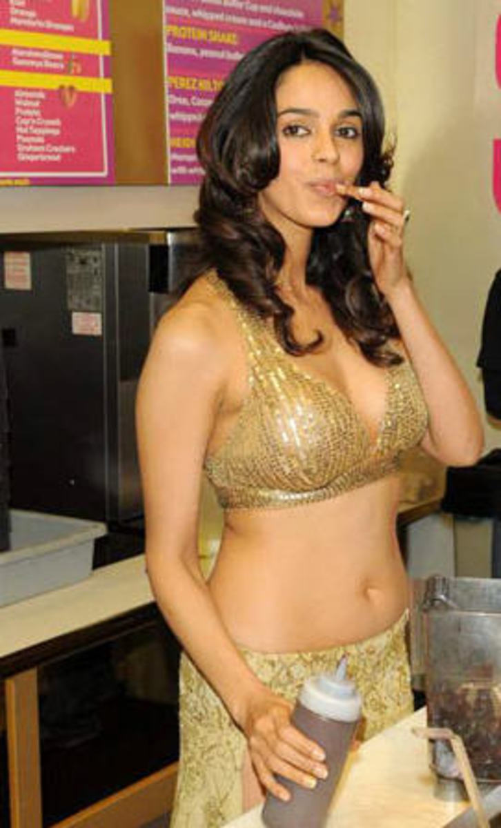 more display of Mallika sherawat