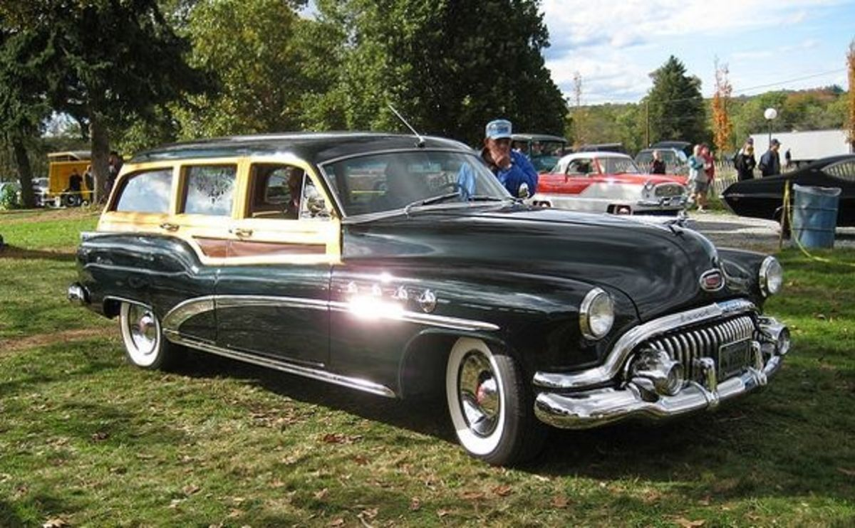 1952 Buick Wood-bodied Wagon