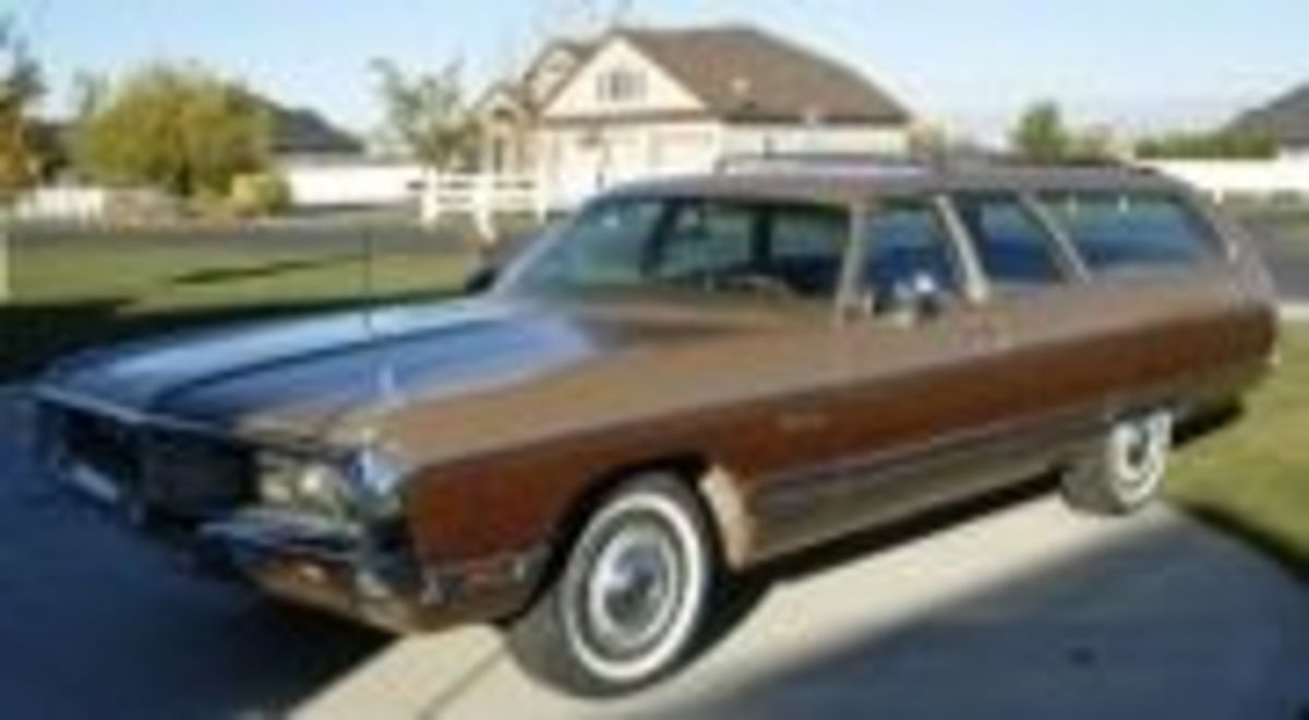72 Chrysler Town and Country
